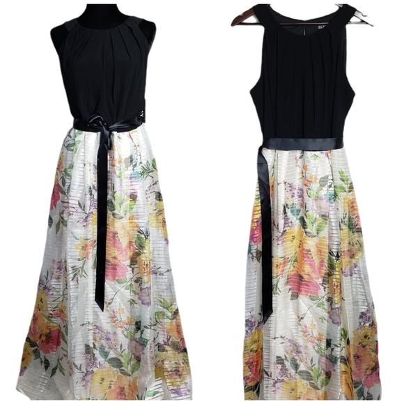 NWT SLNY Maxi Sleeveless Evening Gown Dress 16 W